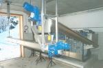 脱水汚泥搬送用スパイラルコンベア